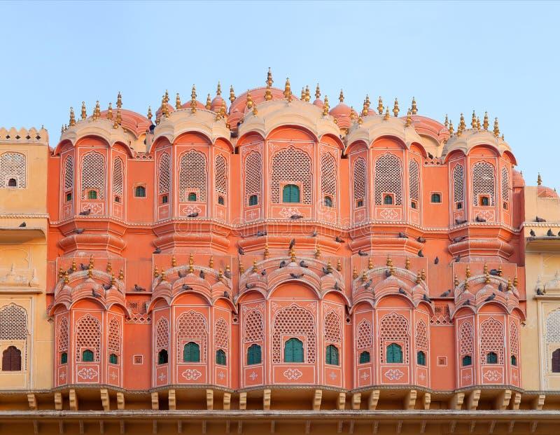 Buitenkant van beroemd Hawa Mahal-paleis in Jaipur, de staat van Rajasthan, India royalty-vrije stock foto's