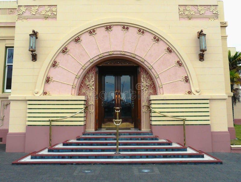 Buitenkant van een gebouw kunst-Deco royalty-vrije stock afbeelding