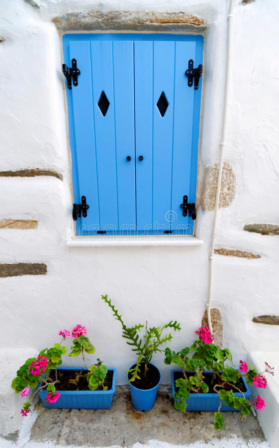 Buitenkant van Grieks huis royalty-vrije stock afbeeldingen