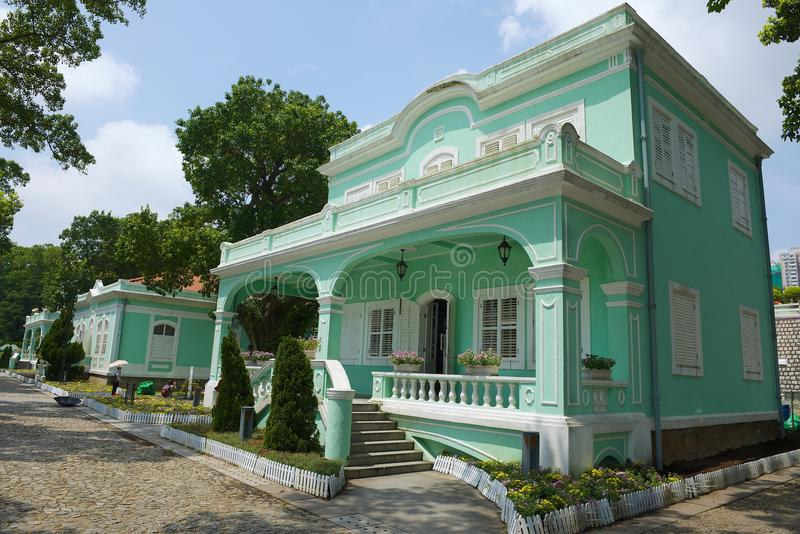 Buitenkant van het traditionele Portugese huis in Taipa-dorp, Macao stock foto