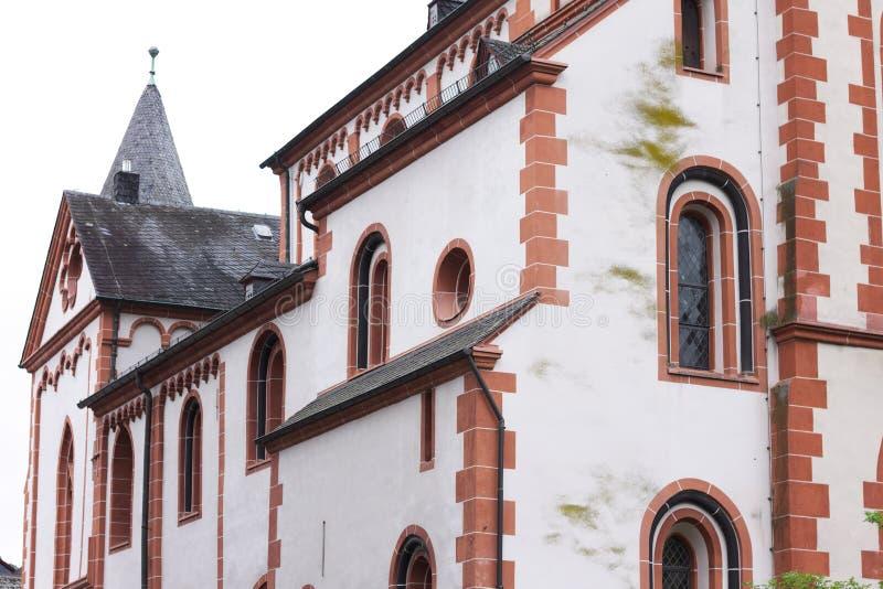 Buitenkanten van een evangelische kerk stock afbeelding