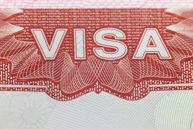 Buitenlands Visum in een paspoortpagina - reisachtergrond stock afbeeldingen