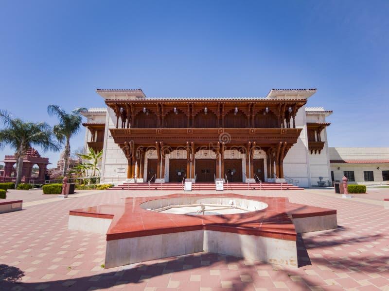 Buitenmening van beroemde BAPS Shri Swaminarayan Mandir stock foto's
