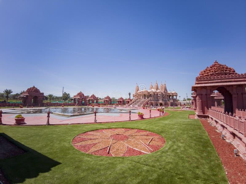 Buitenmening van beroemde BAPS Shri Swaminarayan Mandir stock foto