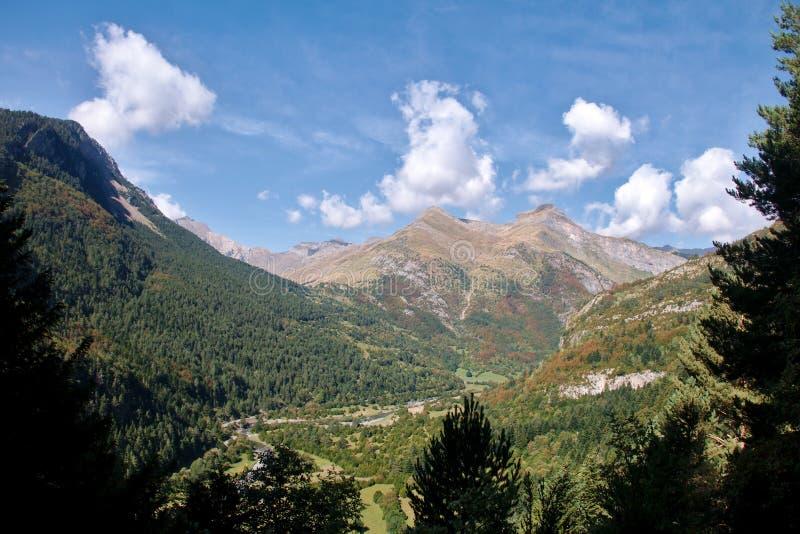 Bujaruelo谷西班牙法国比利牛斯 图库摄影