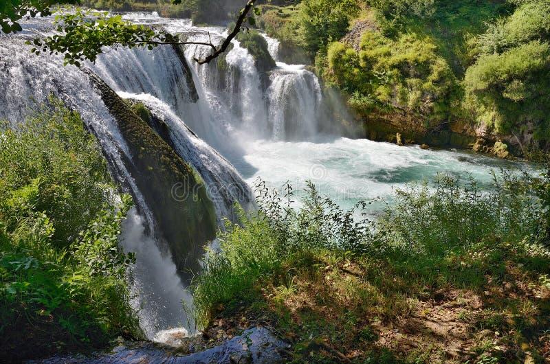 Buk grande de Strabcki de la cascada en el río de Una, Bosnia y Herzegovina fotografía de archivo libre de regalías