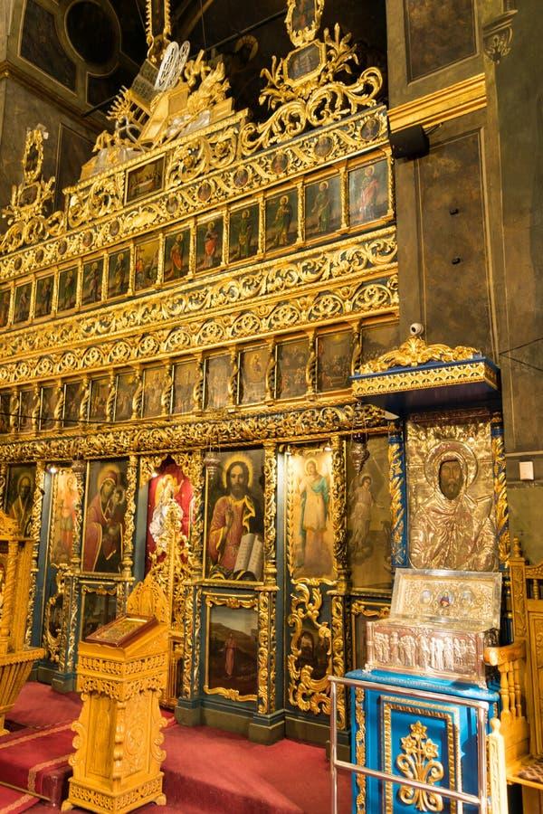 Bukarest, Rumänien - 16. März 2019: Innenaufnahme des Schreins an der Kirche lizenzfreies stockbild