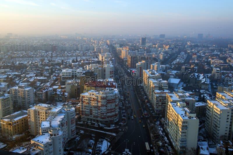 Bukarest-Stadt im Winter stockfotos