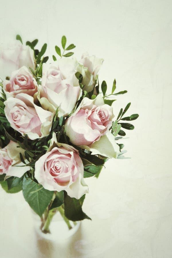 Bukett av delikat rosa ro royaltyfri foto