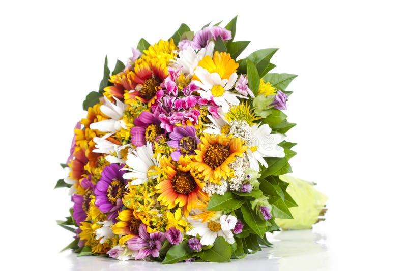 Bukett av lösa blommor fotografering för bildbyråer