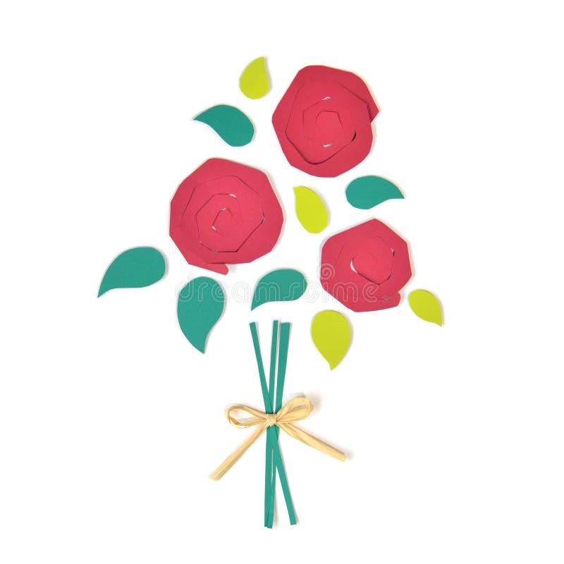 Buketten av papper för röda rosor klippte på vit bakgrund arkivfoton