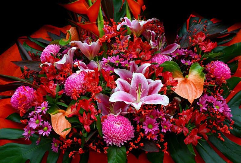 buketten blommar ro arkivbilder