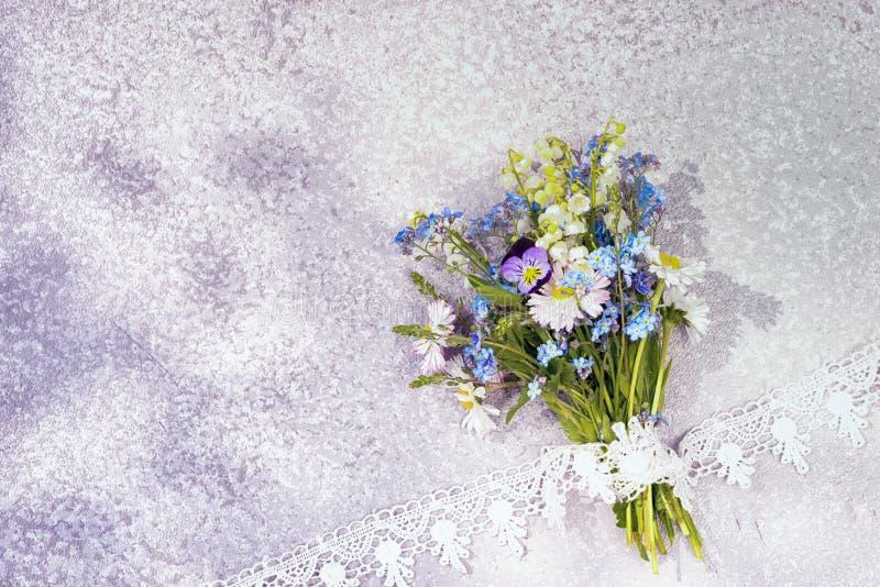 buketten blommar wild fotografering för bildbyråer