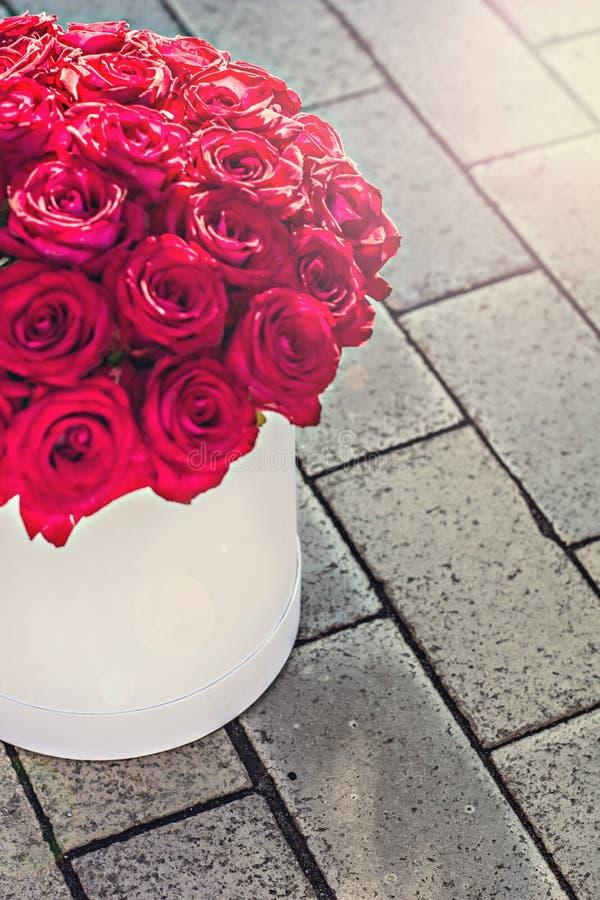 Bukiet czerwone róże zdjęcia stock