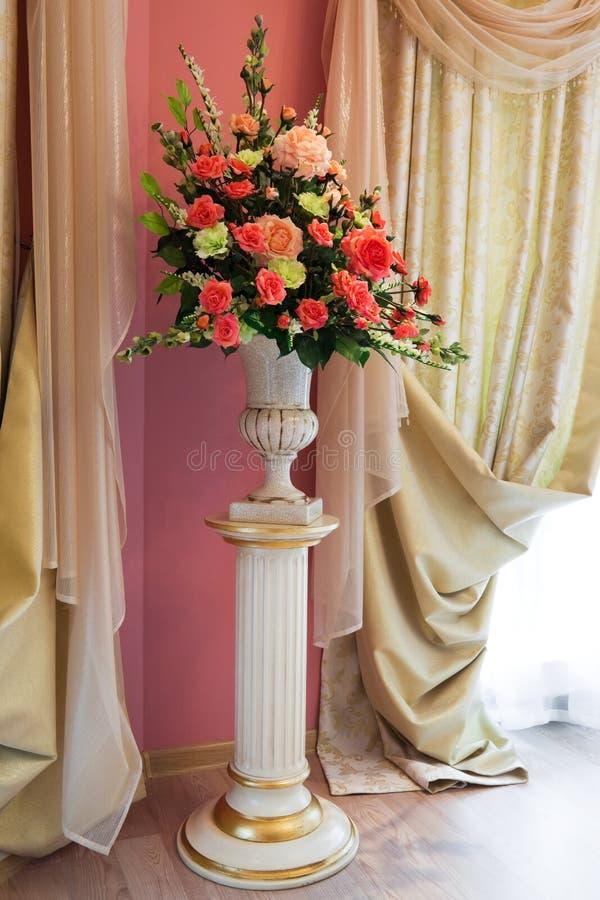 Bukiet piękni kwiaty obraz royalty free