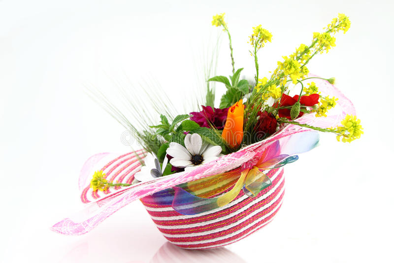 bukieta kwiatu kapelusz zdjęcia royalty free