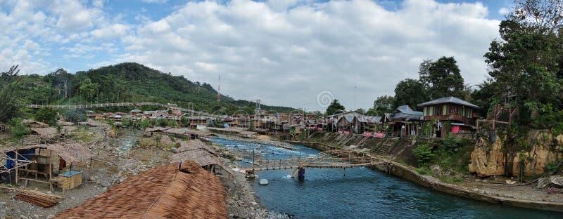 Bukit Lawang村庄在苏门答腊,印度尼西亚 库存图片