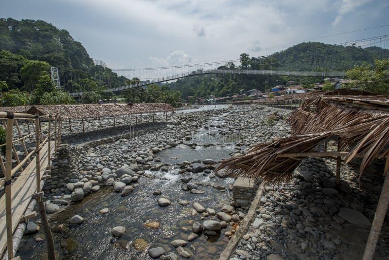 Bukit Lawang dans Sumatra, Indonésie est tranquille pendant la bas-saison touristique images stock