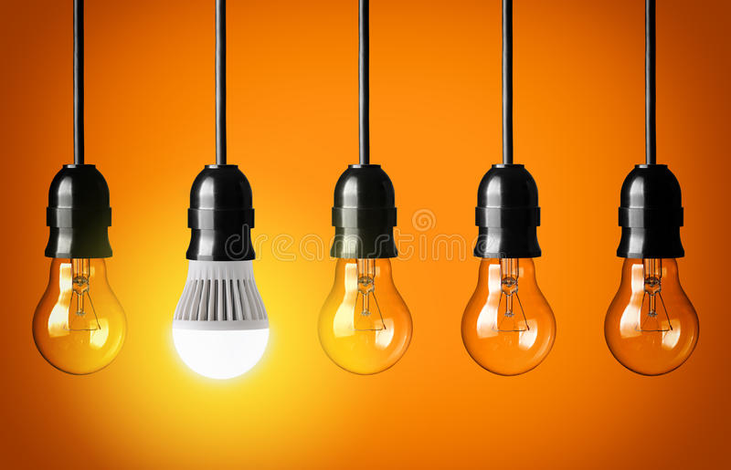 Bulbo do diodo emissor de luz imagem de stock