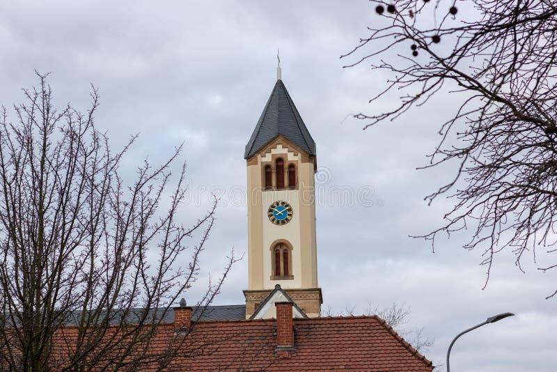 bulding在弗兰肯塔尔德国的老教会 免版税库存照片