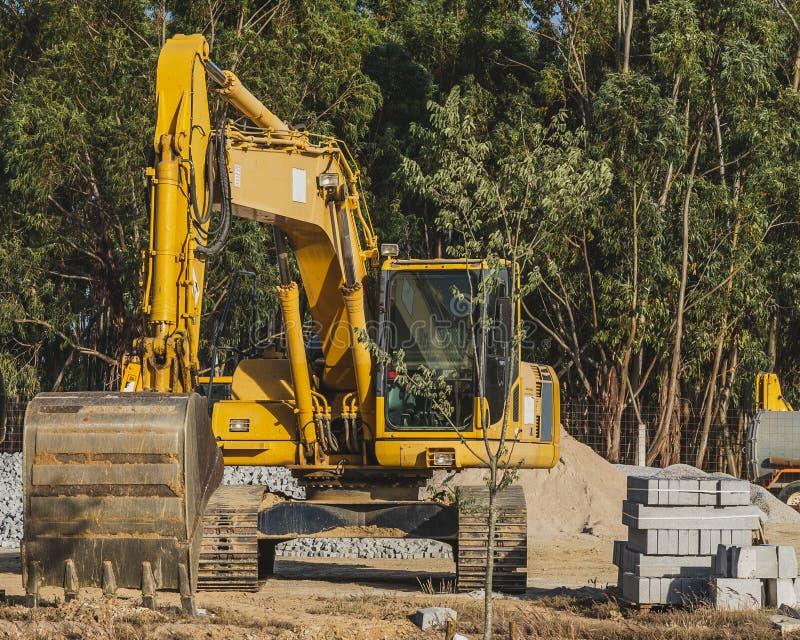 Buldozer dans un chantier de construction image libre de droits