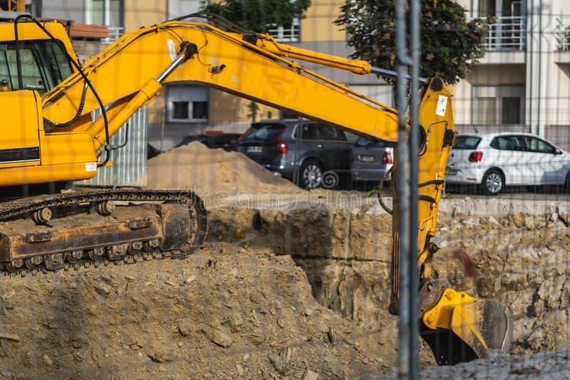 Buldozer dans un chantier de construction images stock