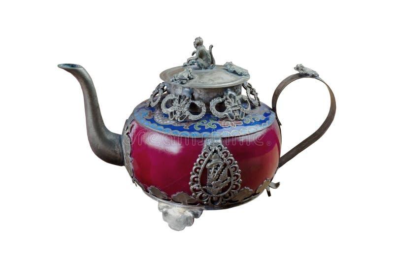 Bule chin?s do vintage feito do jade e da prata velhos de Tibet com tampa do macaco No fundo branco fotos de stock royalty free