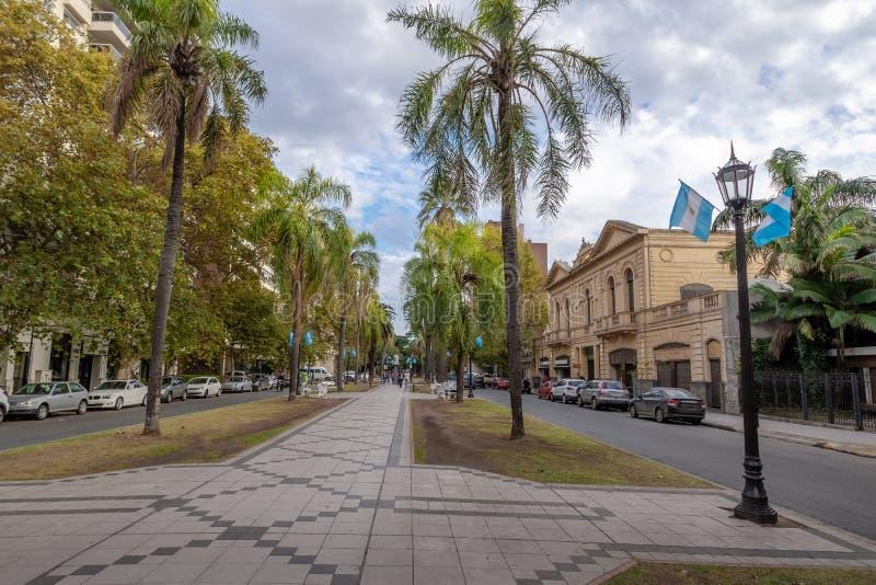 Bulevar de Orono - Rosario, Santa Fe, Argentina imagens de stock royalty free