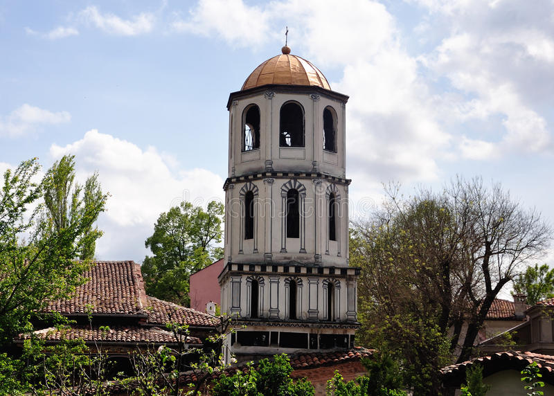 bulgaria plovdiv kyrktorn arkivbild