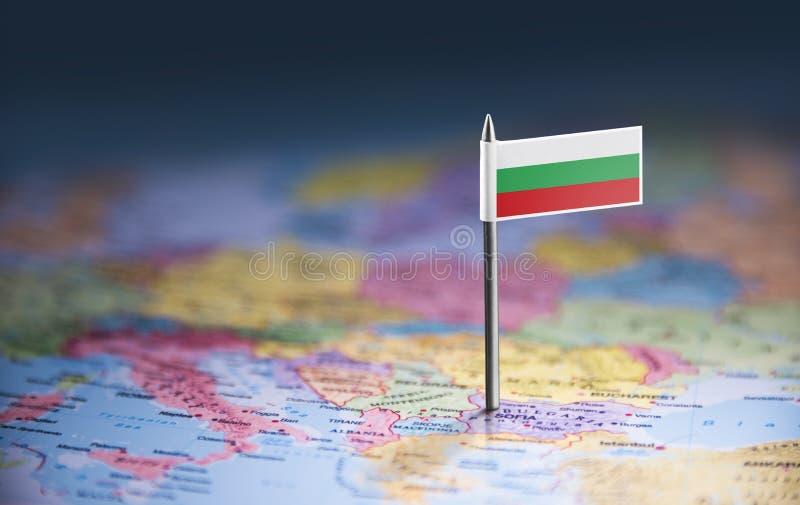 Bulgarien markerade med en flagga på översikten royaltyfria bilder