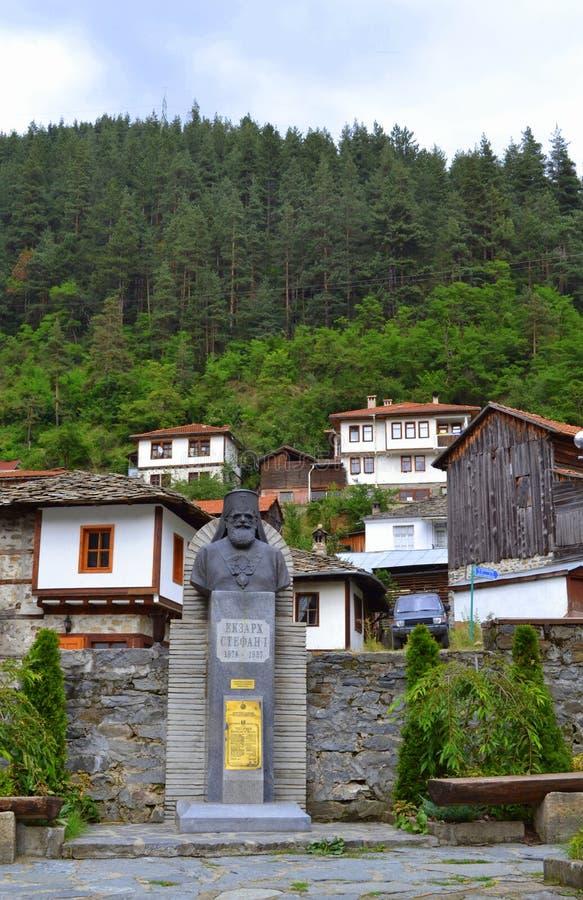Bulgarisches altes Bergdorf lizenzfreie stockbilder