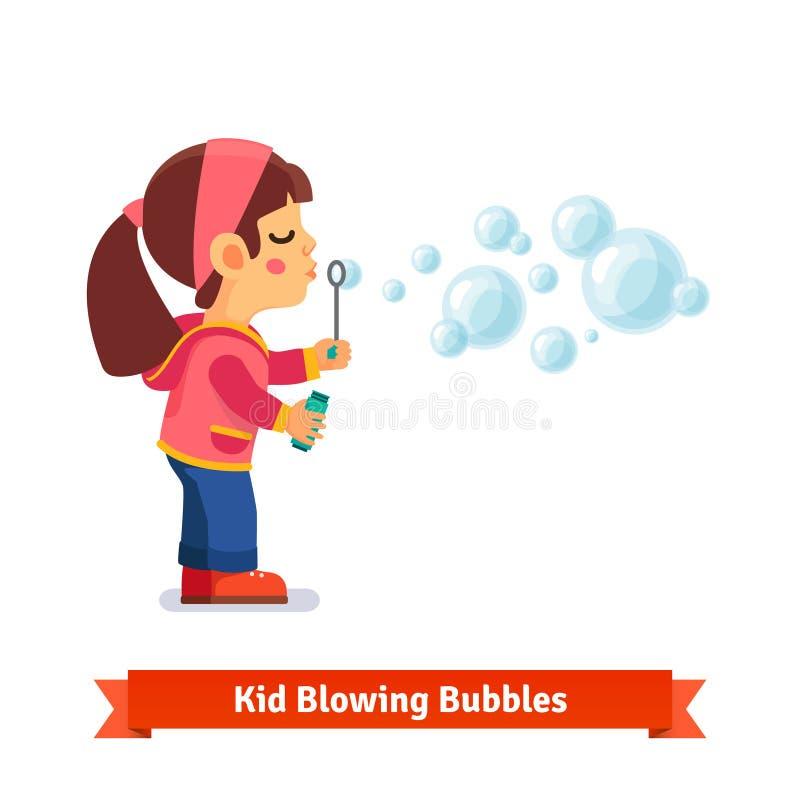 Bulles de savon de soufflement mignonnes de petite fille par la baguette magique illustration libre de droits
