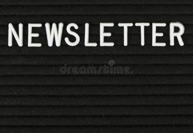 Bulletin, woord op gevoeld wordt geschreven die messageboard royalty-vrije stock afbeeldingen