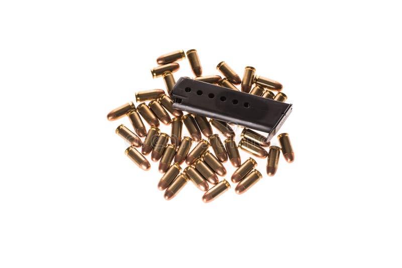 bullets 45mm sur le fond blanc image stock