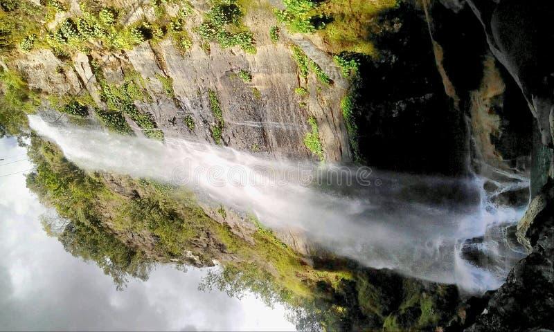 Bumod-reko vattennedgångar arkivbilder