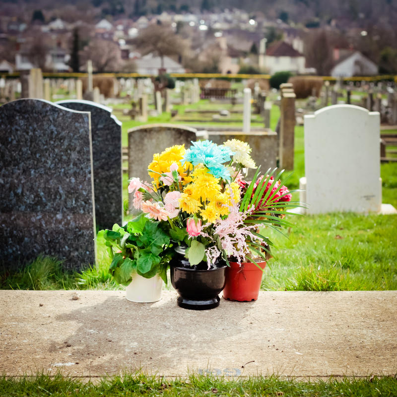 Cemetery Flowers Royalty Free Stock Images
