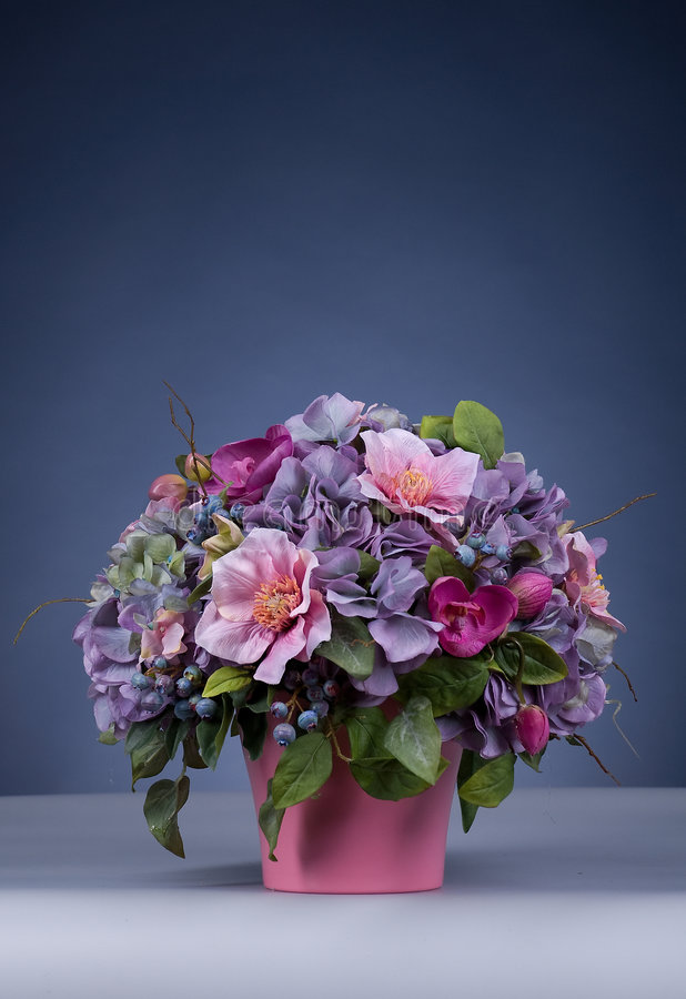 Free Bunch Of Flowers Stock Image - 8406711