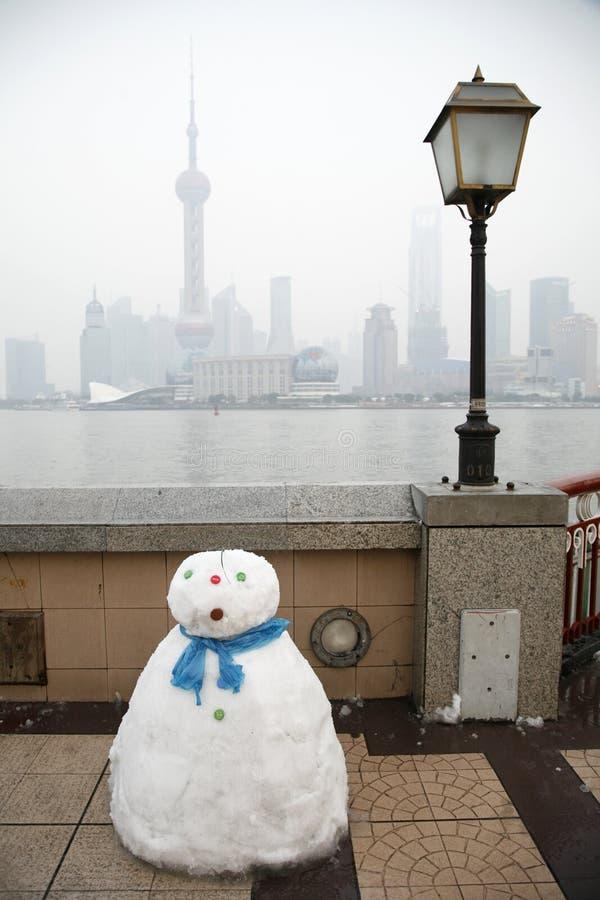 bund mężczyzna Shanghai śnieg obraz stock