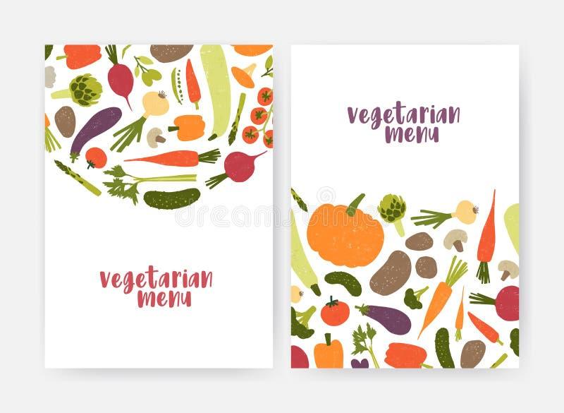 Bundel van de dekkingsmalplaatjes van het veganistmenu met smakelijke natuurlijke verse rauwe groenten en paddestoelen op witte a vector illustratie