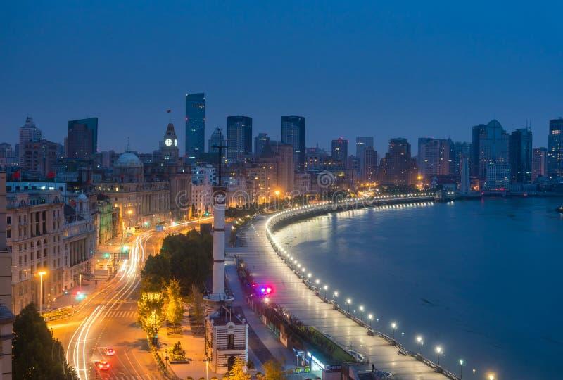 Bunden i Shanghai på soluppgång royaltyfria foton