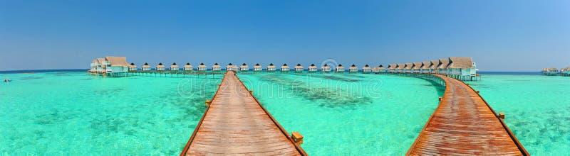 bungalowów Maldives panorama zdjęcie stock