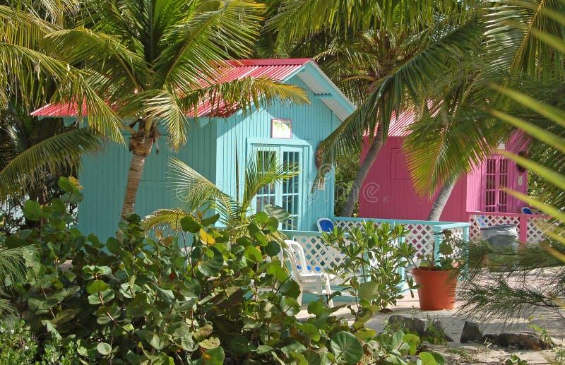 Bungalow confidencial na posição tropical exótica foto de stock royalty free