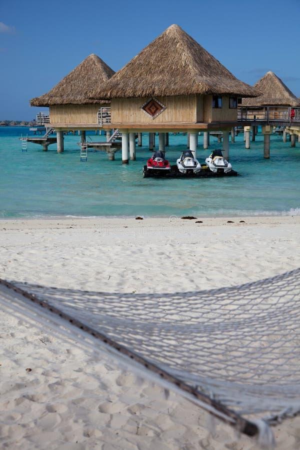 Bungalow dell'acqua, Bora Bora fotografie stock