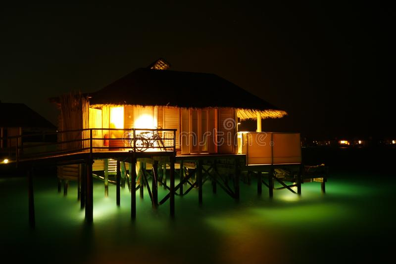 Bungalow di Overwater immagine stock