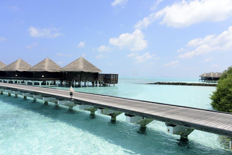 bungalower över vatten royaltyfri bild