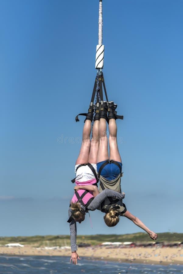 Bungee jumping gemellate fotografia stock libera da diritti