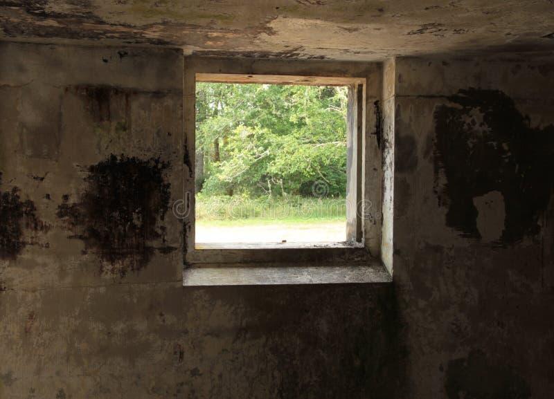 Bunker-Fenster stockfotografie