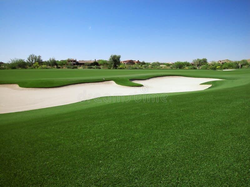 bunker kursu golfa zatrzasku od pasa zieleni domów obraz royalty free