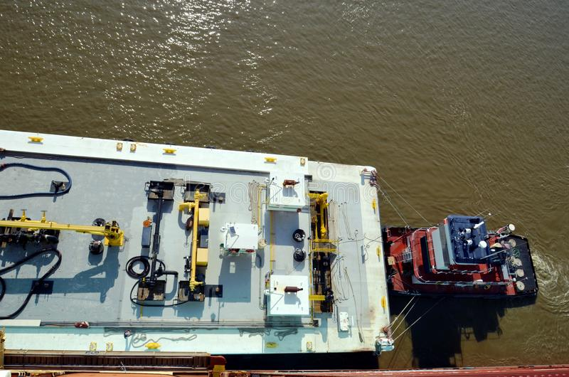 Bunkier barka wewnątrz port sawanna, Gruzja fotografia royalty free