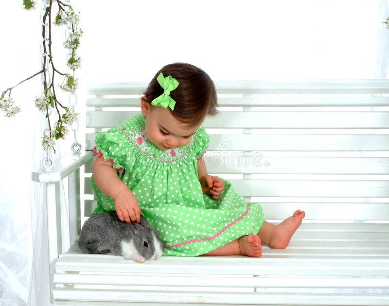 bunny μωρών ταλάντευση στοκ εικόνα με δικαίωμα ελεύθερης χρήσης